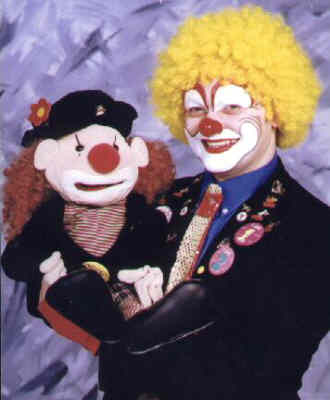 Dunno the Clown with WOTS the puppet.