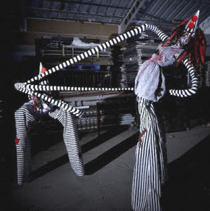 Crazy stiltwalkers for Halloween events from circusperformers.co.uk and aurorascarnival.co.uk
