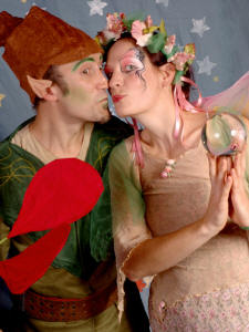 The perfect Elf and Fairy Christmas duo  from circusperformers.co.uk and Auroras Carnival